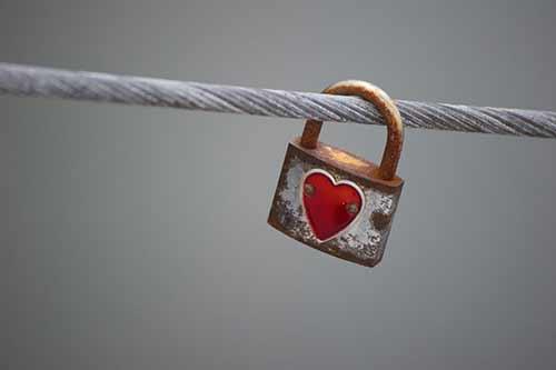Vorhängeschloss mit Herz